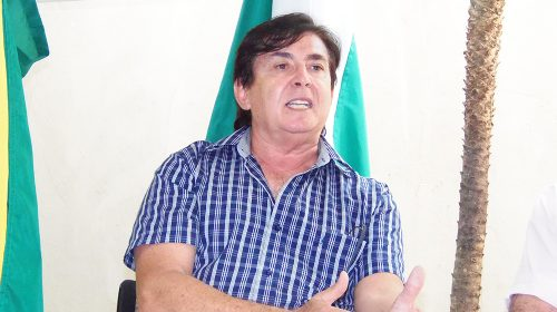 Cumpra-se: decreto do prefeito obriga servidores a ocuparem cargos de origem