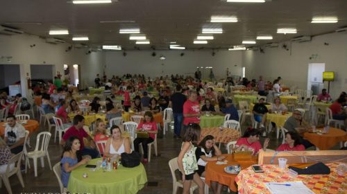 4° Porco no Rolete do Rotary Club é sucesso absoluto