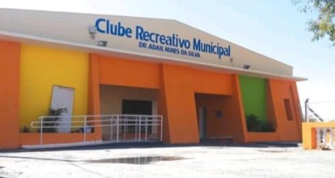 Inaugurações públicas:Clube Recreativo, Velório Municipal e Calçadão Bolivar Gonçalves