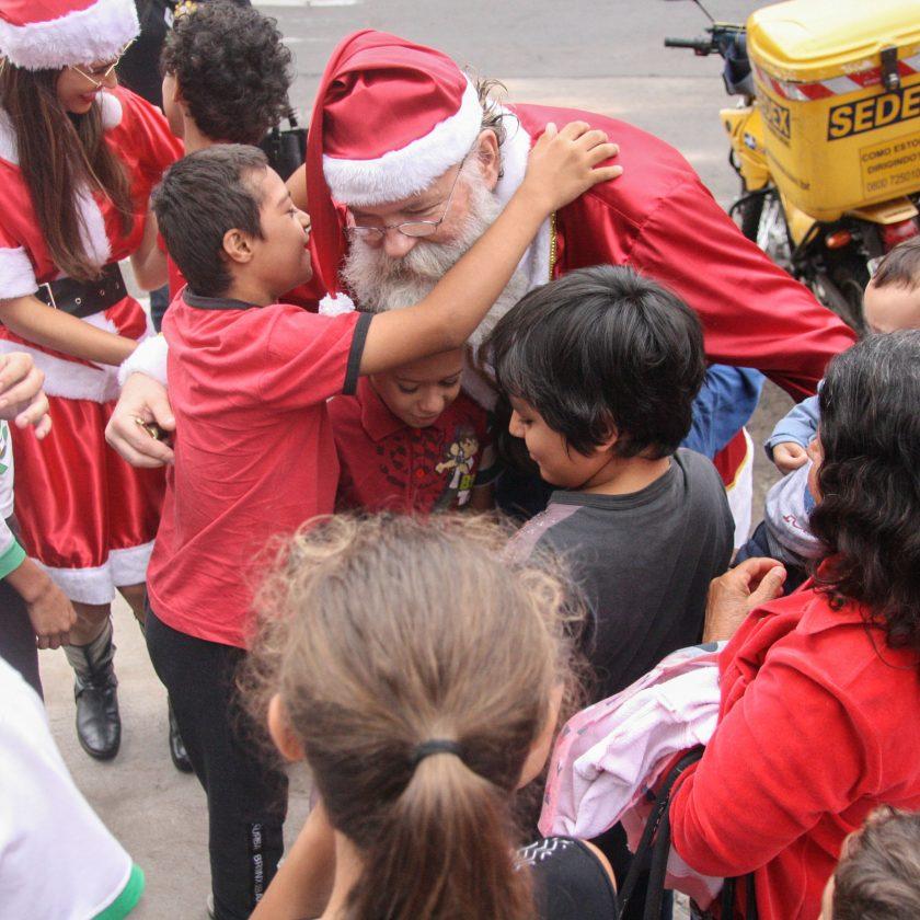 Correios lança emissão especial de Natal