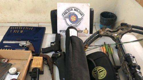 Em Araraquara (SP): PM apreende armas de fogo durante ocorrência de briga doméstica